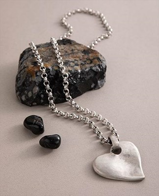 """Angled Heart"" Long Necklace"